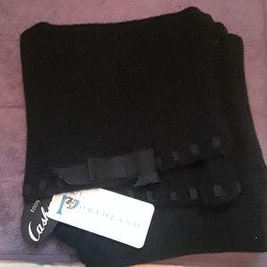NWT portolano 100% cashmere black scarf with bow